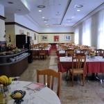 Sala da Pranzo interna - Hotel Innocenti (1).jpg